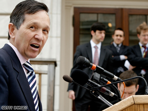 Kucinich is questioning why his Web site crashed.