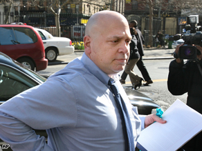 Samuel Israel arrives at the U.S. Courthouse in New York, April 14, 2008. He has been missing since Monday and is suspected of faking a suicide.