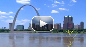 Drew Griffin reports on the threat to East St. Louis, Ill., posed by the floodwaters of the mighty Mississippi.