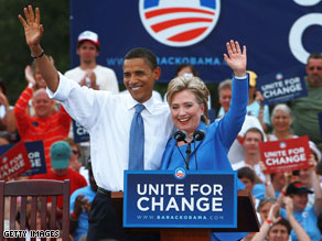 Sen.Obama &amp; Sen. Clinton in Unity, NH.