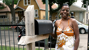 When her fianc� was sentenced to prison in 1996,  Jewel Mitchell waited for his letters.