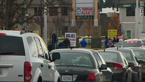 4 officers shot dead in coffee shop near Seattle