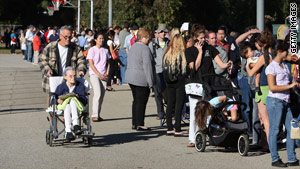 Hundreds of residents line up for free H1N1 vaccinations Friday at an Encino, California, clinic.