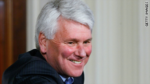 White House Counsel Greg Craig is reportedly leaving his post over his handling of plans to close Guantanamo Bay.