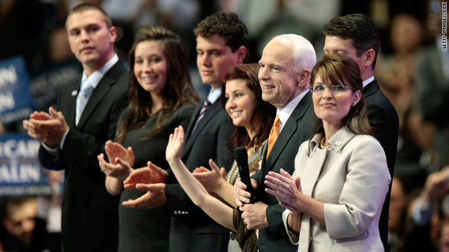 Sarah Palin says McCain advisers forced the family to overhaul their wardrobes for the Republican National Convention.