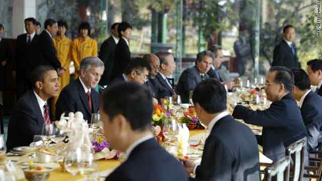U.S. President Barack Obama and Chinese Premier Wen Jiabao, third right, take lunch together in Beijing on Wednesday.