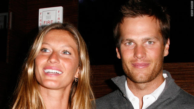 Tom Brady is back to football three days after his wife, Gisele Bündchen, gave birth to a boy.