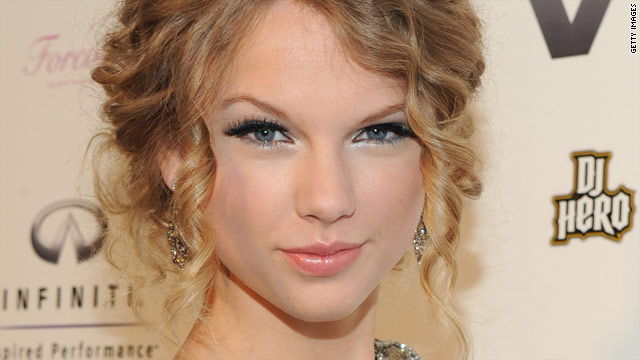 "Taylor Swift has had quite a year, and will end it as one of People's ""25 Most Intriguing of 2009."""