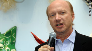 Director Paul Haggis has renounced his association with the Church of Scientology.