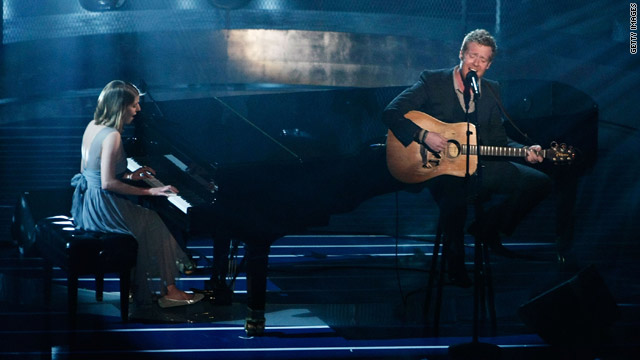 Glen Hansard and Marketa Irglova performed at the 2008 Academy Awards.