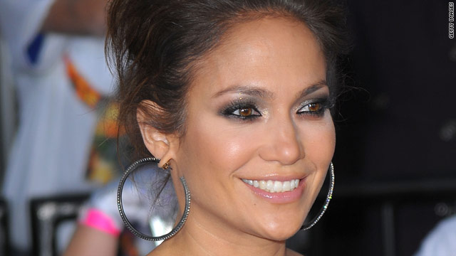 Jennifer Lopez is back in the gym after giving birth to twins a little over a year ago.