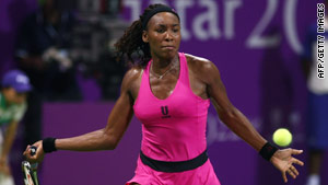 Venus Williams is through to the Doha semifinals, despite losing two of her three group matches.