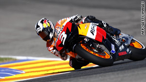 Dani Pedrosa ended the MotoGP season on a high note with victory in the final race.