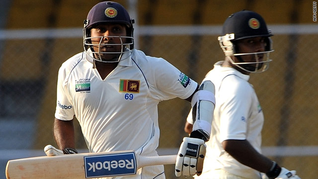 Jayawardene and Prasanna took Sri Lanka into a commanding position in the first Test.