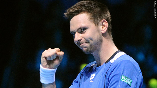 Robin Soderling continues to defy the odds with his second successive victory at the ATP World Tour Finals.