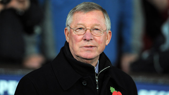 Alex Ferguson said he is losing faith in referees after Manchester United's 1-0 defeat to Chelsea in the English Premier League.