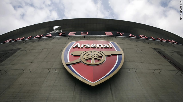 Stan Kroenke has increased his stake in Arsenal after he bought 25 more shares in the English Premier League club.