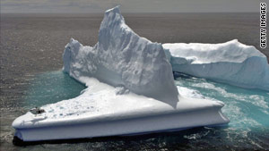 The icebergs off the New Zealand coast in 2006 (pictured) provided a mini-boom for tourism and helicopter companies.