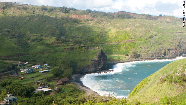 Nestled in a small valley on a black-rock beach, Kahakuloa is a settlement of roughly a hundred Hawaiians.