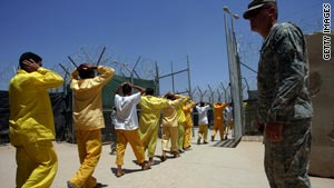 Army general defends rules for detainees