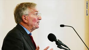 "The report by journalist Seymour Hersh, pictured, has been dismissed by Pakistan as ""nothing more than a concoction""."