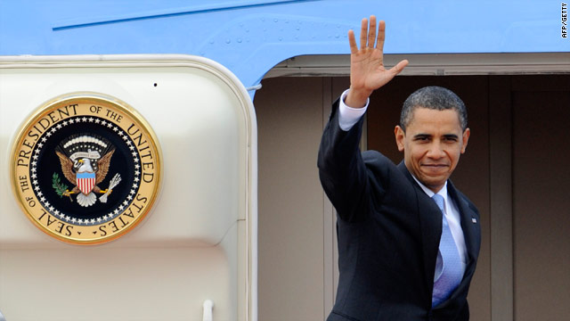 t1larg.japan.obama.plane.afp.getty.jpg