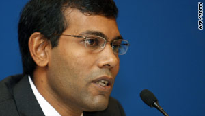 Nasheed: U.S. President John F. Kennedy chose to go to the moon. Our generation must choose to remain on planet Earth.