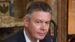 Karel De Gucht: Little sense in singling out Cuba.