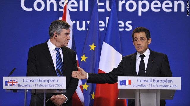 Prime Minister Gordon Brown and President Nicolas Sarkozy announce to pledge billions in fighting climate change.