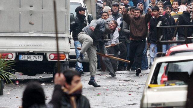 Turkish nationalists clash with Kurdish activists in Istanbul, Turkey, on Sunday.