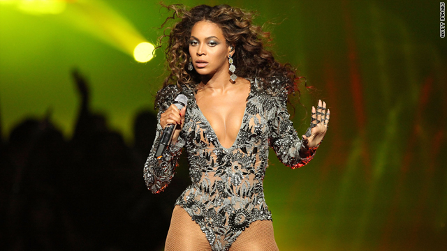 Beyonce performs at the 2009 MTV Video Music Awards in New York on September 13, 2009