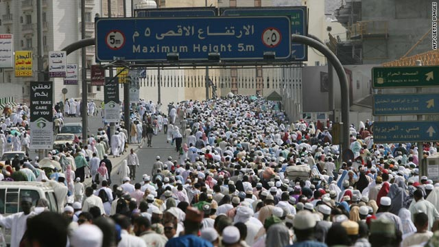 Hundreds of thousands of Muslims crowd the roads toward the Grand Mosque in Mecca, Saudi Arabia, on Friday.