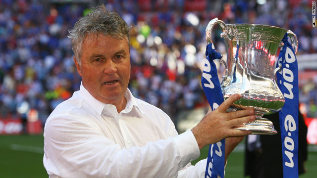 Guus Hiddink was temporary coach of Chelsea football club in 2009. Despite his success he chose not to take up a full time role.