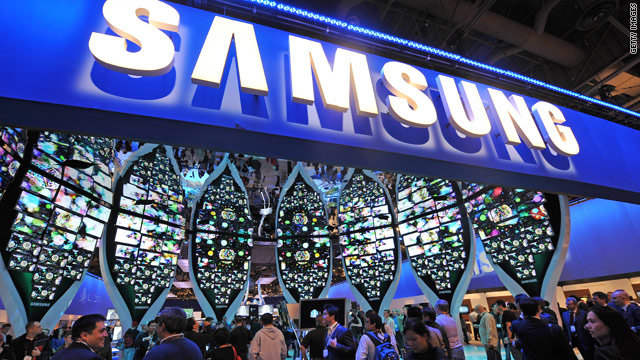 Attendees visit the Samsung booth at the 2010 International Consumer Electronics Show in Las Vegas January 7. A former Samsung insider has launched a scathing attack against the company.