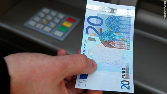 Fears about the Irish economy have pushed down the value of the euro against the dollar.