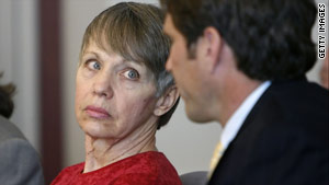 Wanda Barzee, shown here at a 2006 court hearing, will cooperate with cases against her husband, prosecutors say.