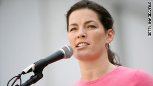 Skater Nancy Kerrigan is remembered for surviving an attack before the 1994 Olympic Games.