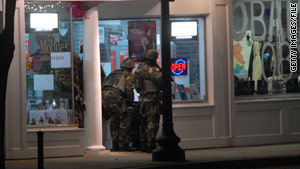 SWAT team members respond to the 2007 incident at Hillary Clinton's New Hampshire campaign office.
