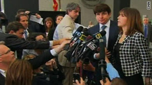 Former Illinois governor Rod Blagojevich enters the courthouse in Chicago for the first day of his trial.