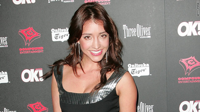Soap opera actress Fernanda Romero is accused of paying a man to marry her for a green card.