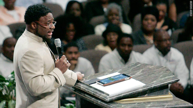 Accuser's message for Bishop Eddie Long: 'You are a monster'