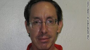 Polygamist sect leader Warren Jeffs' extradition to Texas has been halted.