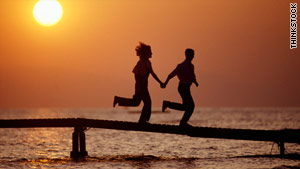 Many counselors and psychologists say summer romances can be beneficial.
