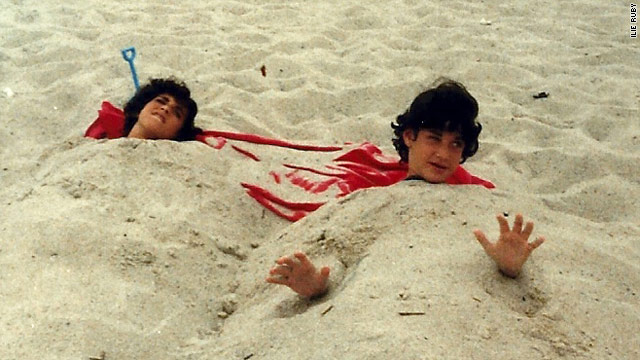 Ilie Ruby (left), when she was 12, with her sister, Danna, then 10, at a beach in Rochester, New York.