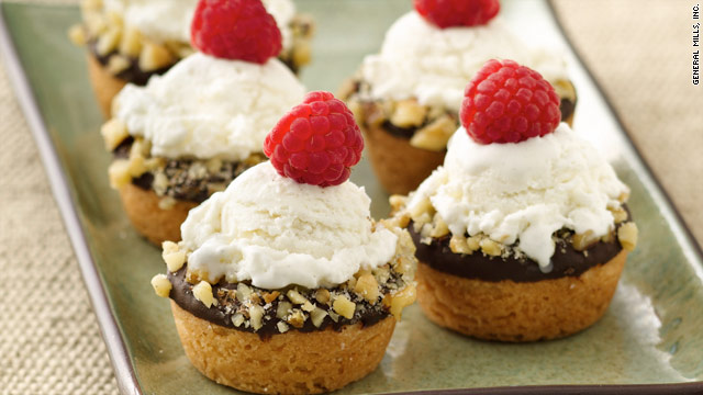 The sweet treats are made from Pillsbury's sugar cookies and ice cream, nuts, jam and raspberries.