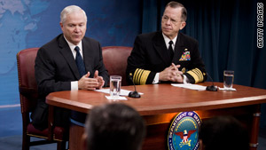 Defense Secretary Robert Gates, left, and Joint Chiefs Chairman Mike Mullen hold a briefing Friday.