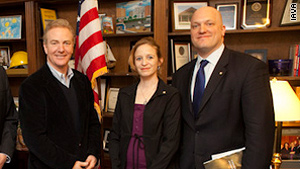 Aimee Sherrod and Paul Rieckhoff, right, met with Rep. Chris Van Hollen on Tuesday.
