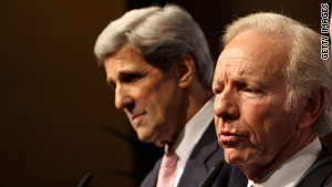 Sens. John Kerry, left, and Joe Lieberman had been set to announce a bipartisan bill April 26.