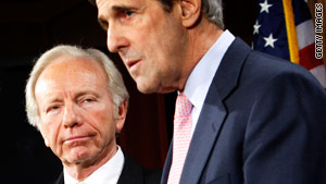 Sens. John Kerry, D-Massachusetts, right, and Joe Lieberman, I-Connecticut, introduced new energy legislation.