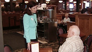 Former New Hampshire Attorney General Kelly Ayotte will represent the GOP in the Senate race.
